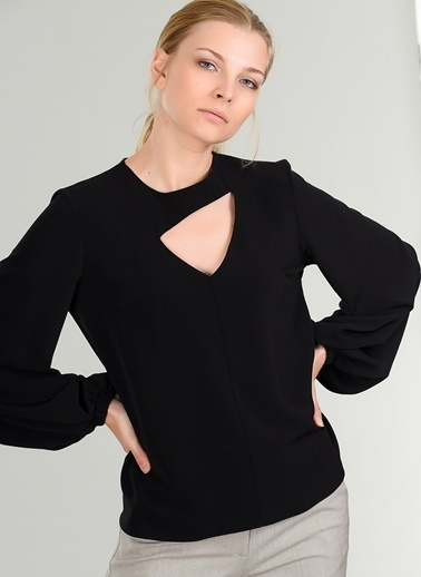 People By Fabrika Pencere Detaylı Bluz Siyah